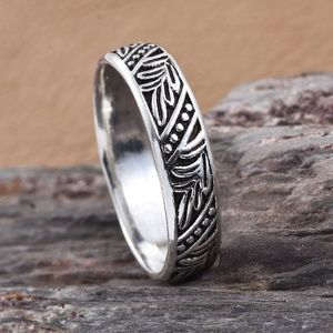 Other - Sterling Silver Engraved Band Ring (Size 8.0)